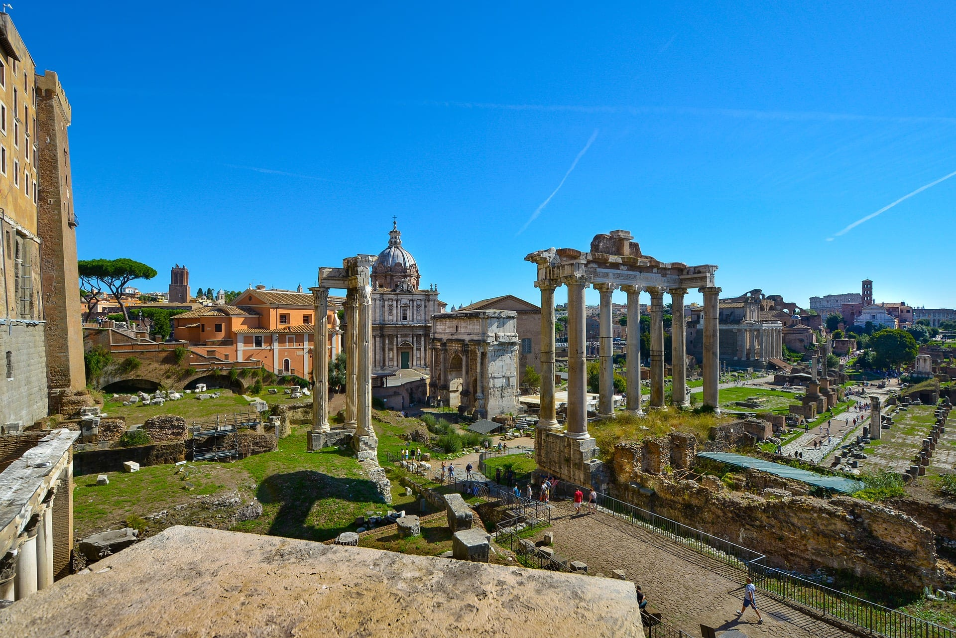 The Roman Forum is one of the things to do in Rome you simply have to do
