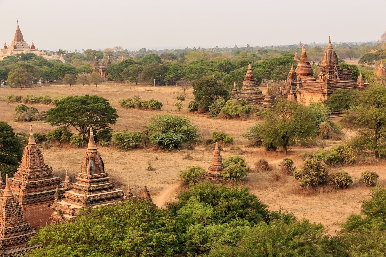 A view over the temples at Bagan