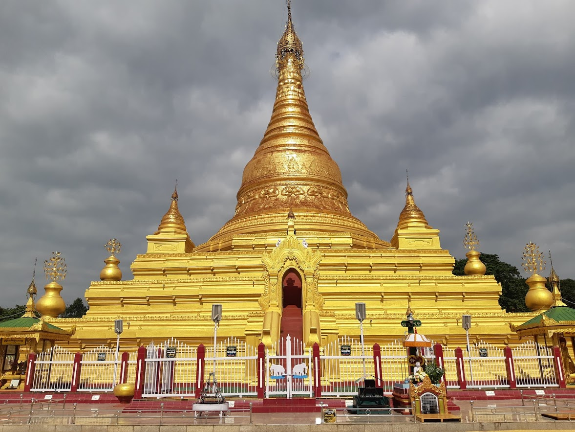 A travel guide to the best things to do in Mandalay Myanmar