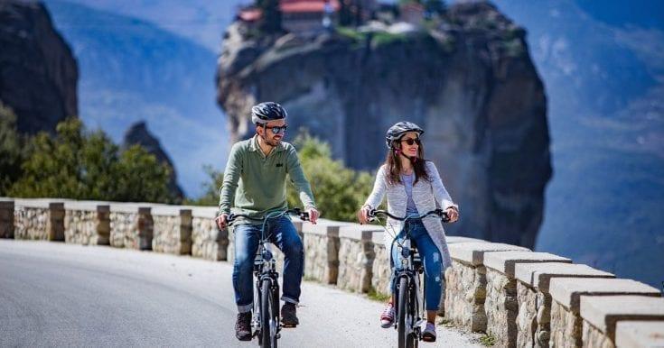 Morning e-bike tour of Meteora