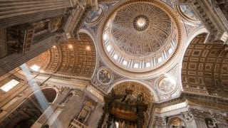 Necropolis and St. Peter's Basilica Guided Tour (Guided Tour – 2.5 hours)
