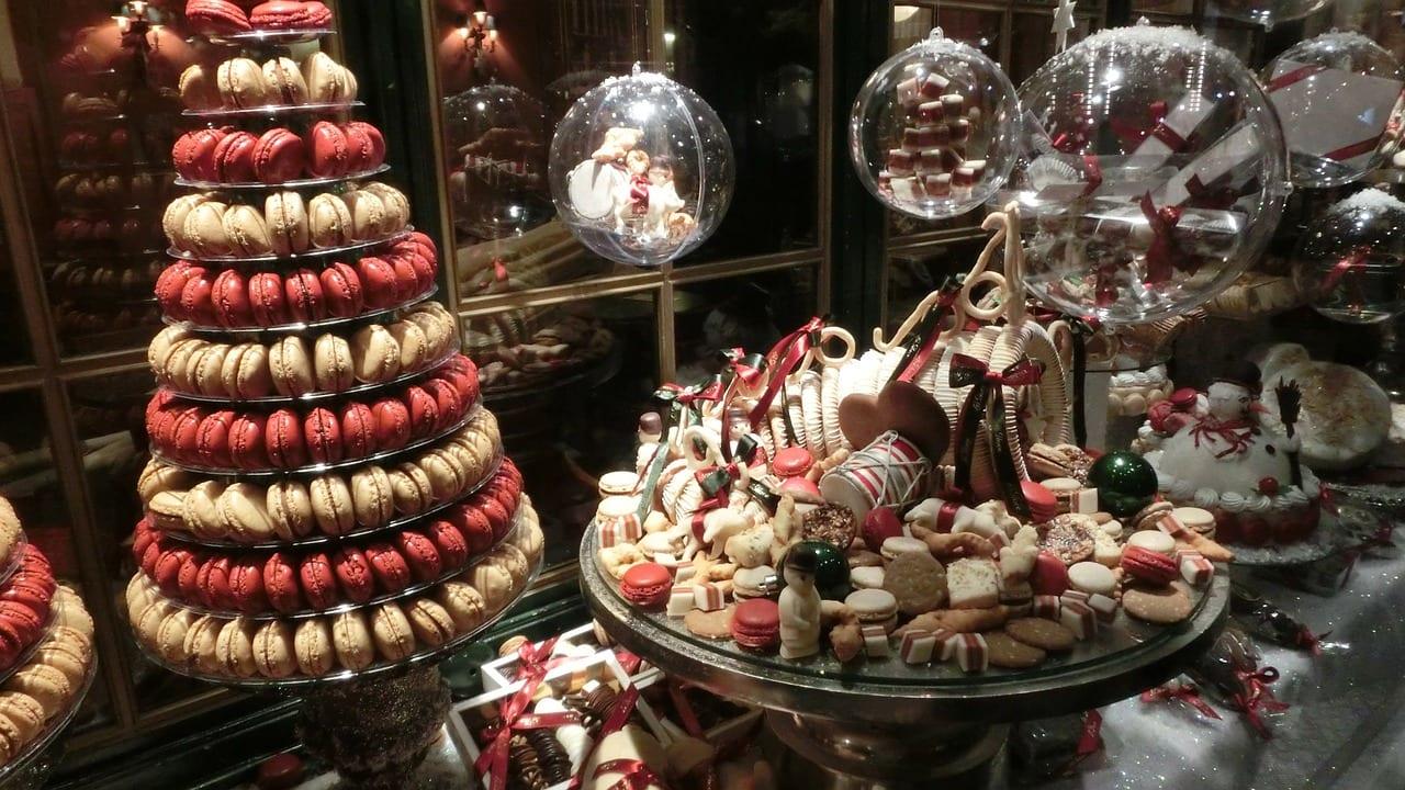 Christmas bakery window in Copenhagen