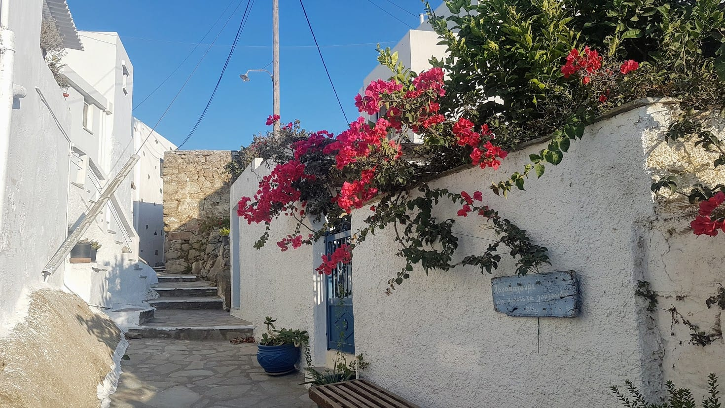 Travel guide to Tinos Greece