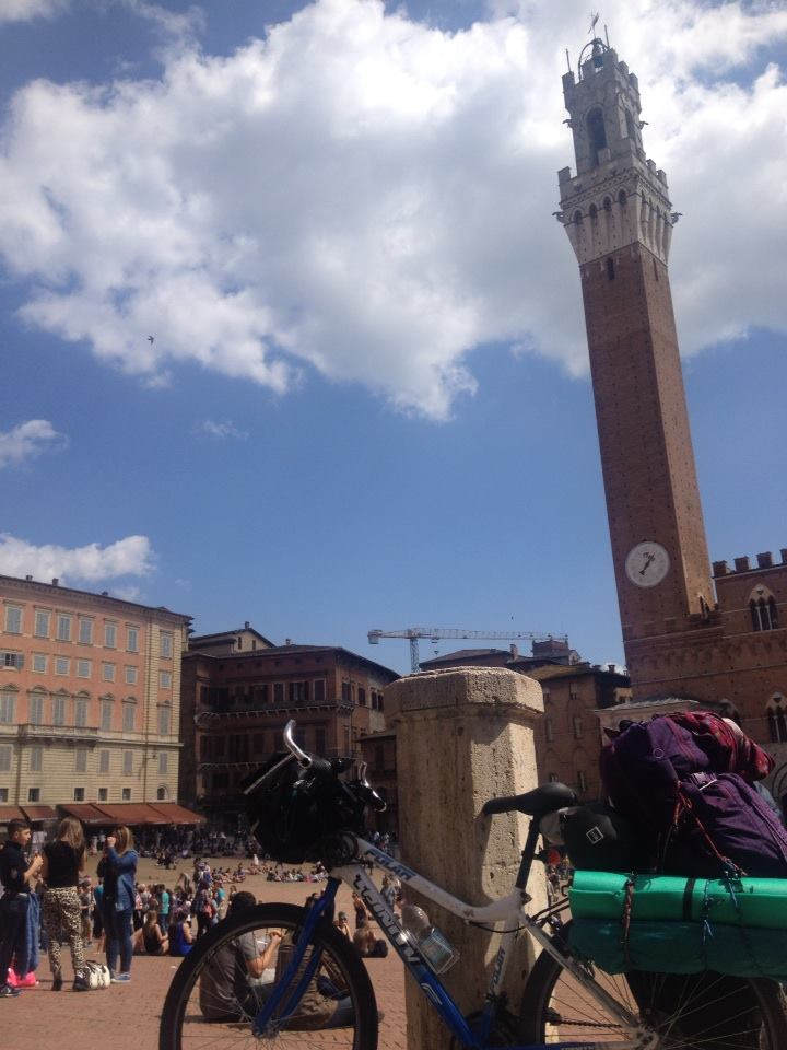 Cycling to Siena in Italy