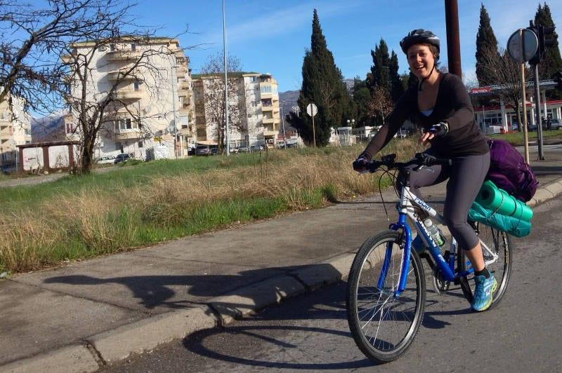 Cat on a biking tour across Europe