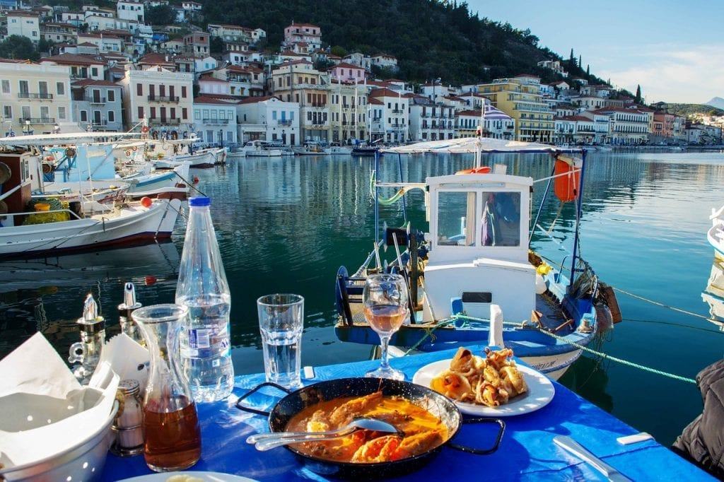 Gythion Greece: Pretty Peloponnese Town, Great Beaches - Dave's Travel Pages