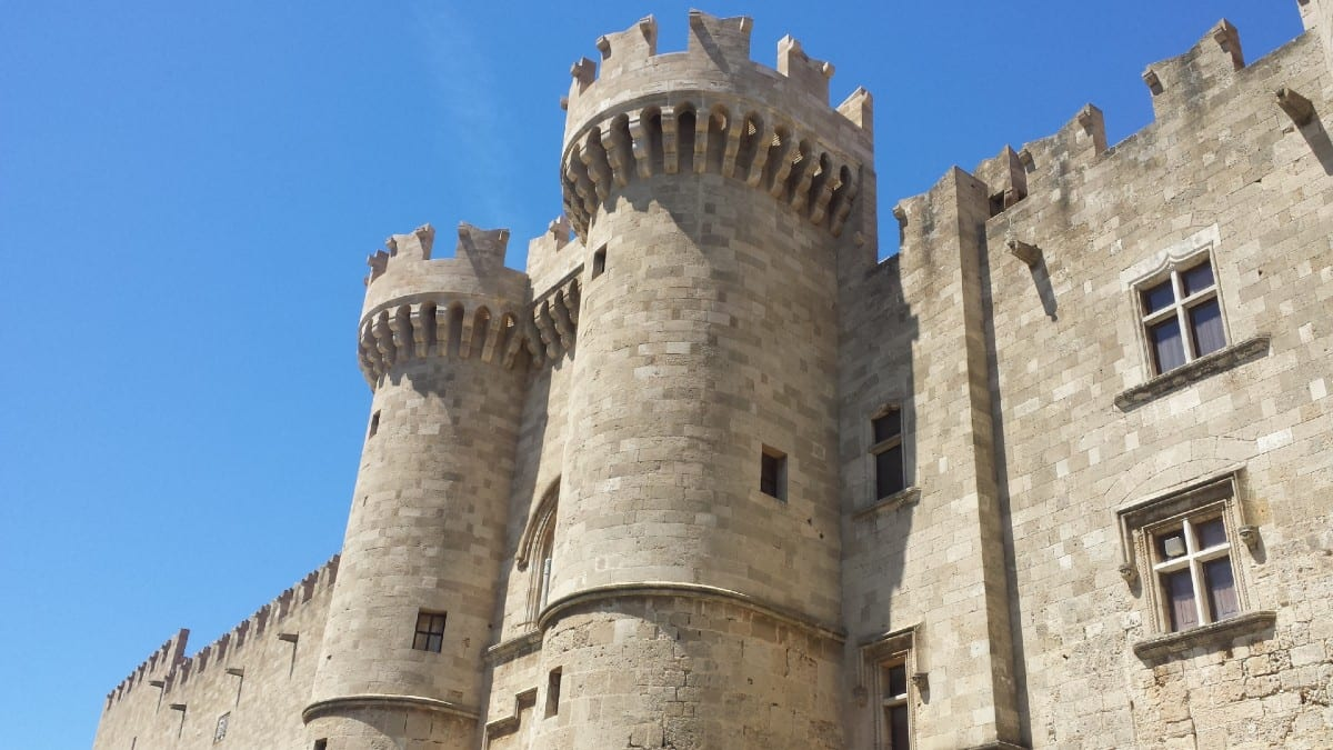 Exploring Medieval Rhodes with its fabulous castle and walls