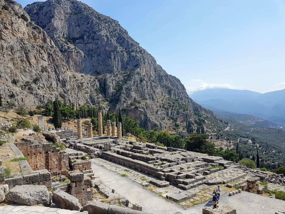 Athens day trips from Dlephi and other attractions