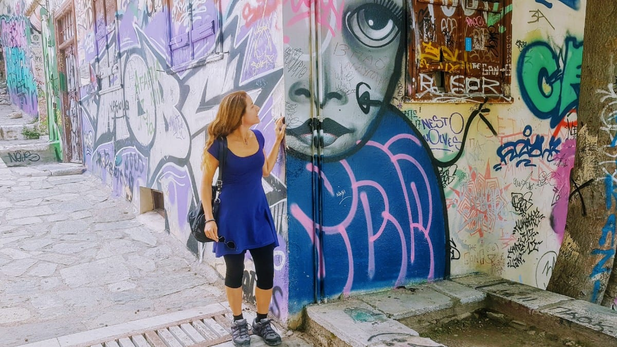 Getting under the surface of Athens and finding street art