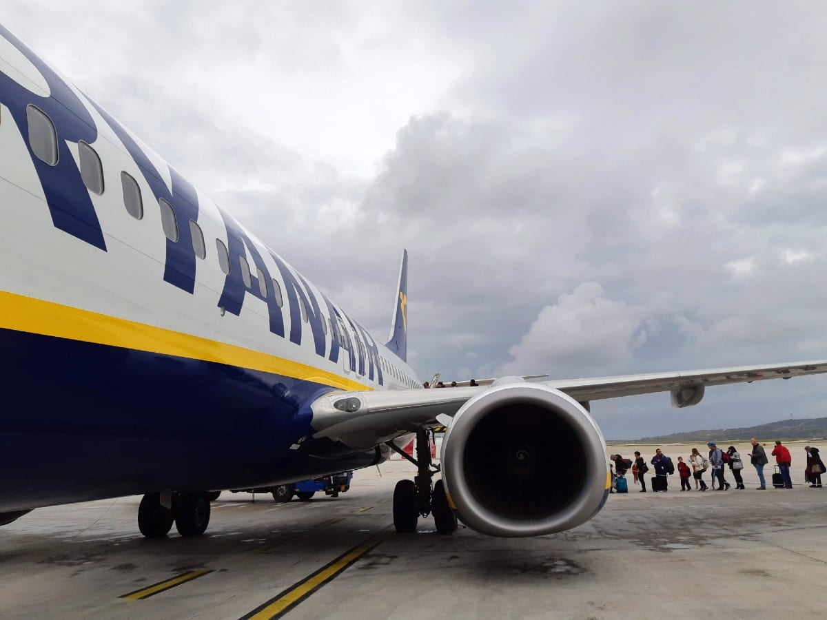 Booking a budget airline like Ryanair makes travel to Greece a little cheaper