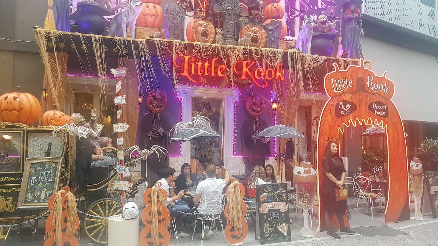 Little Kook Cafe dressed up for Halloween