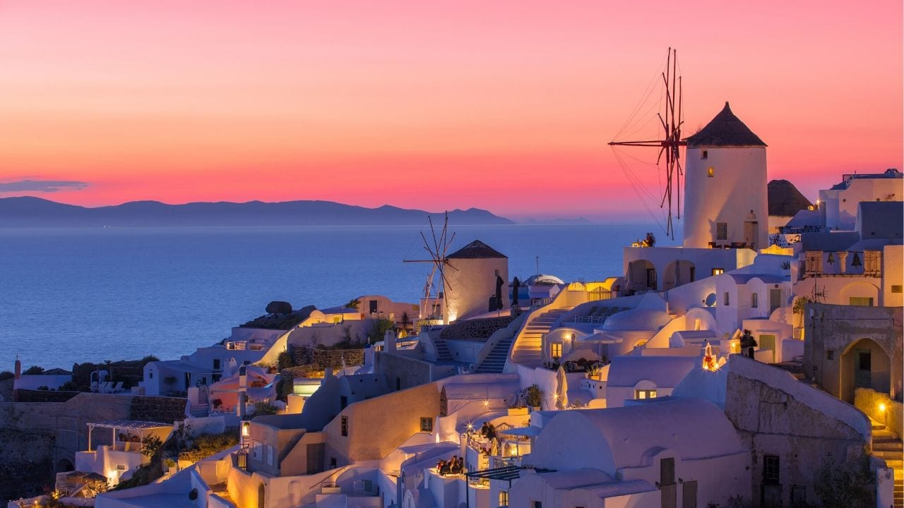 Interesting Santorini facts and trivia