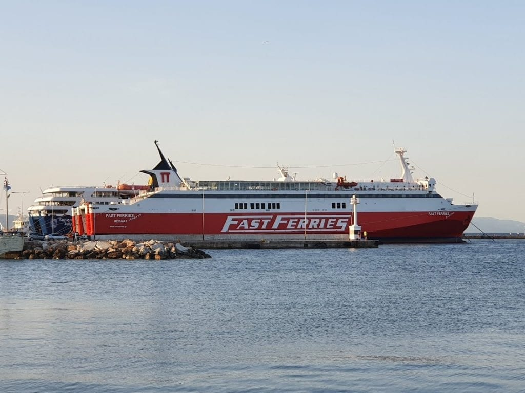 A guide to ferries in Greece