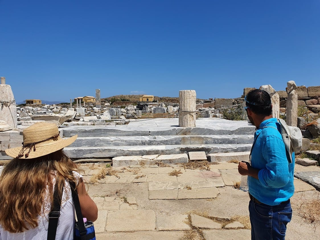 Tour of Delos in Greece
