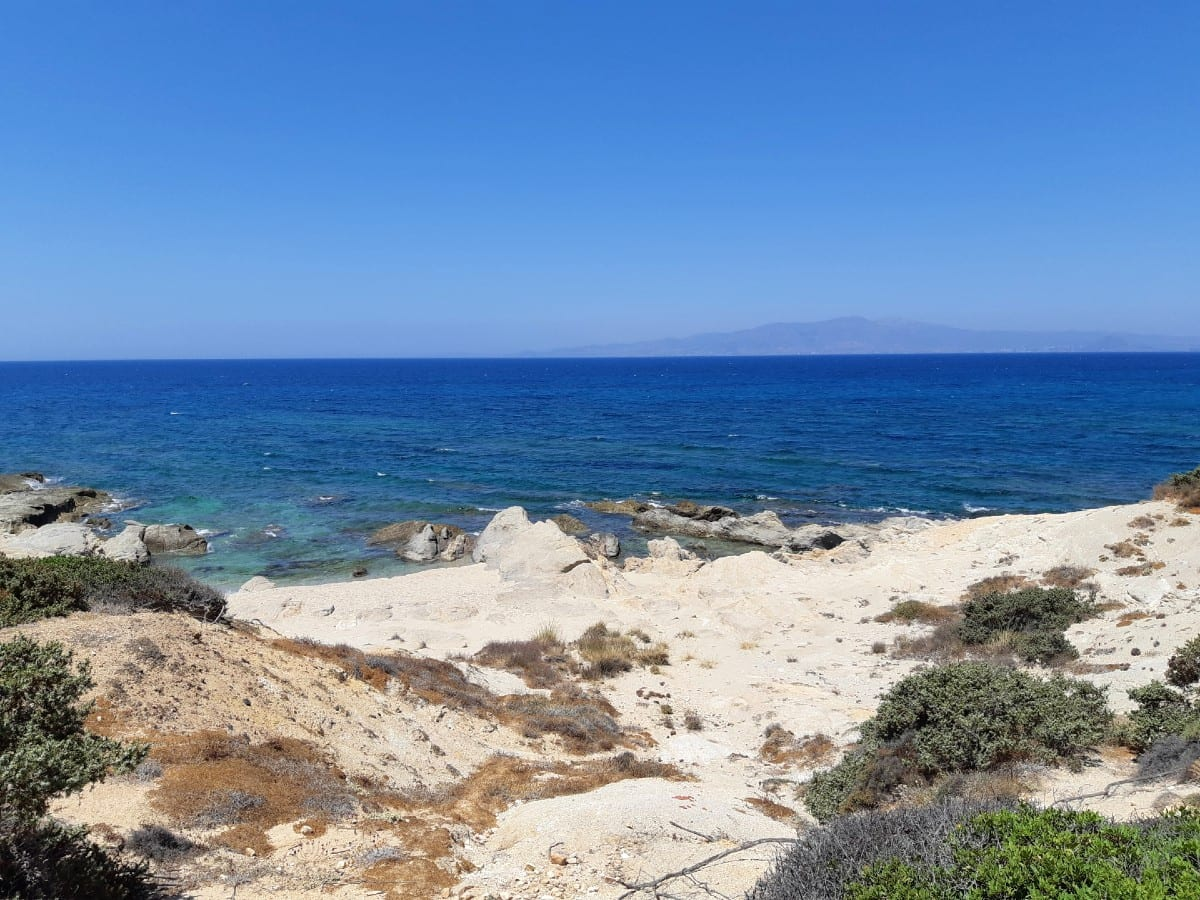 Looking on to the bay of Alyko - Hawaii in Naxos Greece