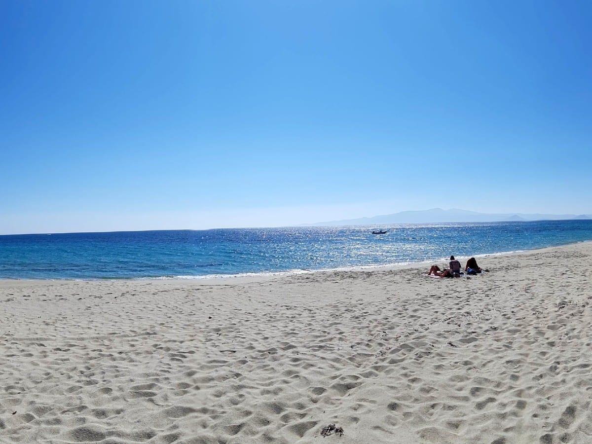 Mikro Vigla beach