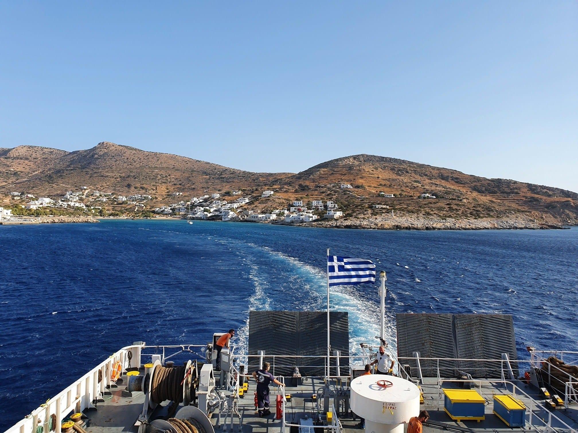 Sailing from Sikinos to Folegandros