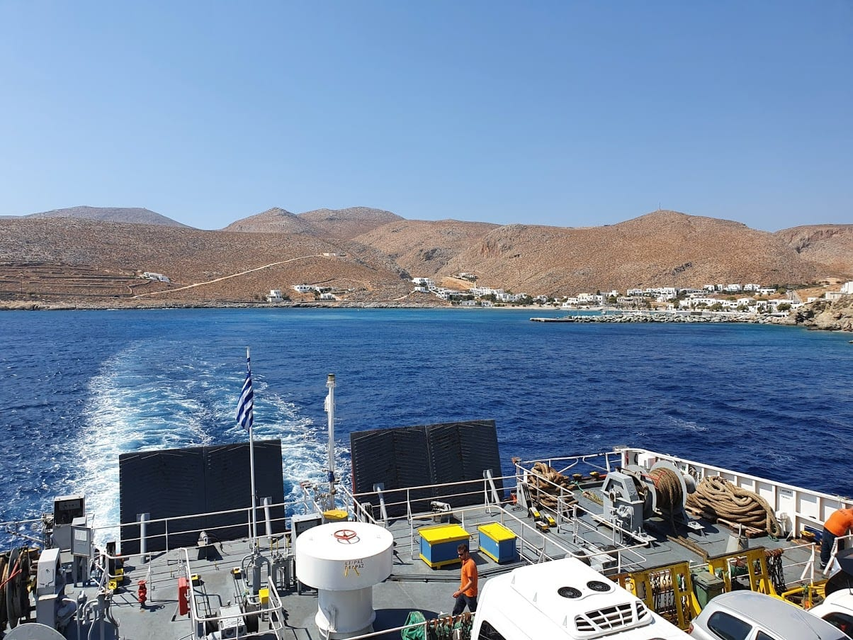 The ferry leaving from Folegandros and on its way to Kimolos in Greece