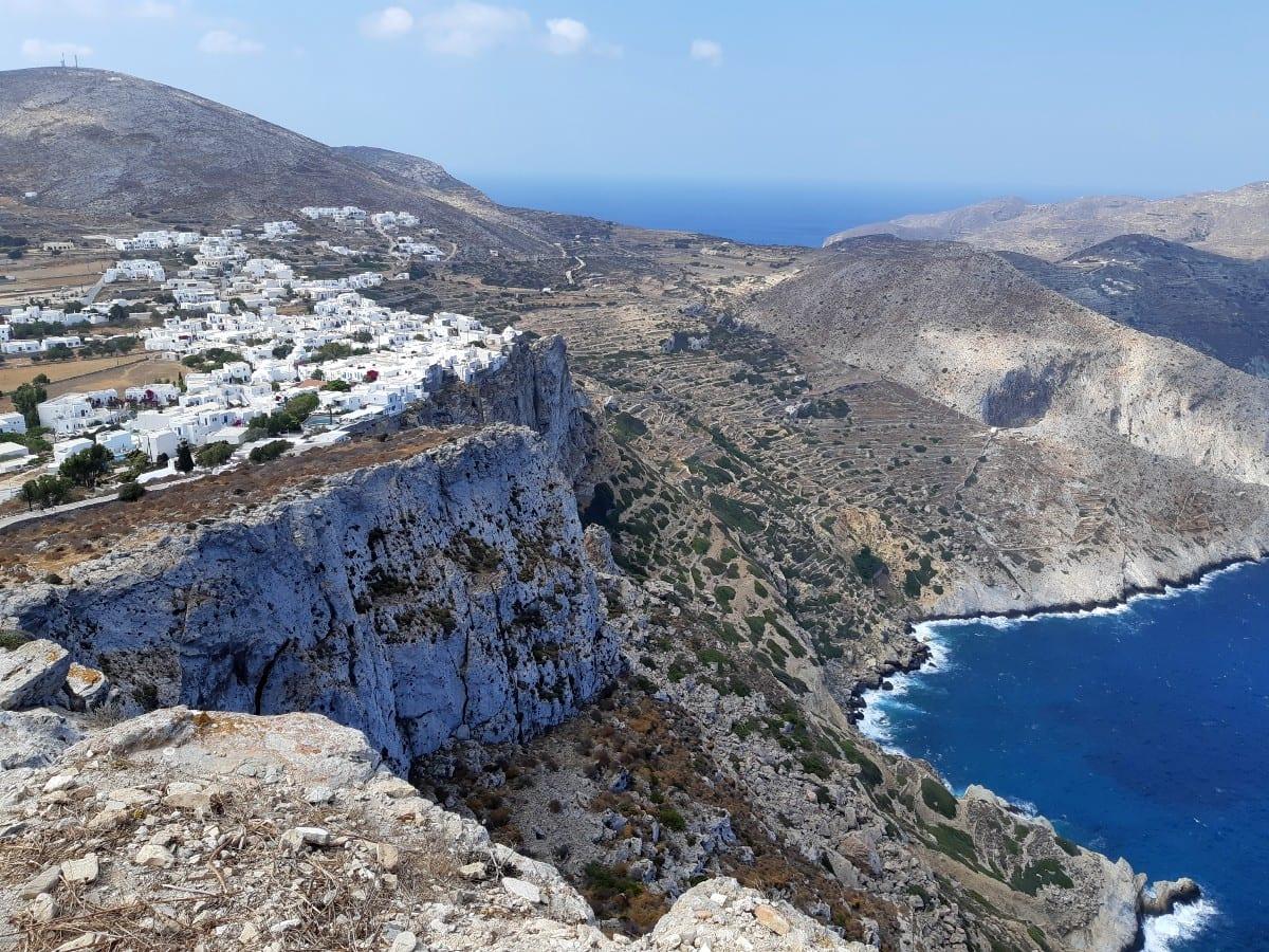 The impressive cliffs of Folegandros