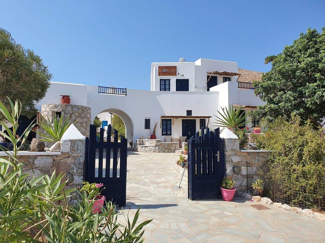 Coral Apartments in Folegandros