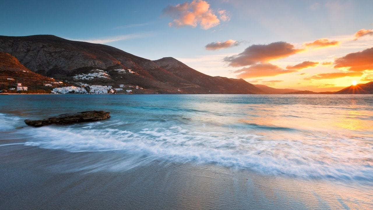 How to get to Amorgos island from Mykonos