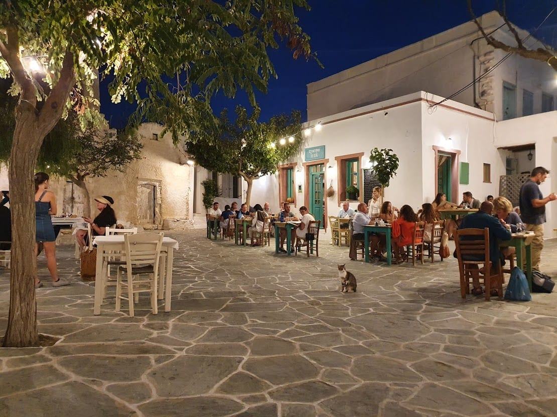 Eating out in Folegandros Greece