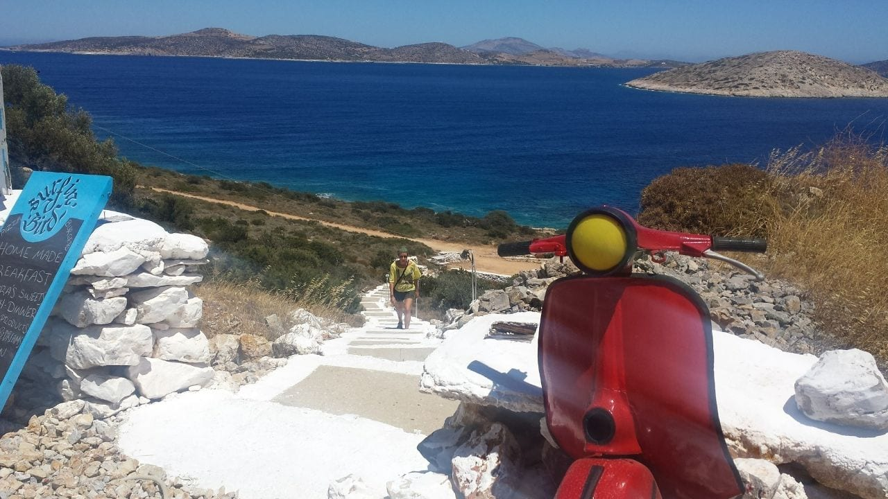 How to travel from Milos to Iraklia island in Greece