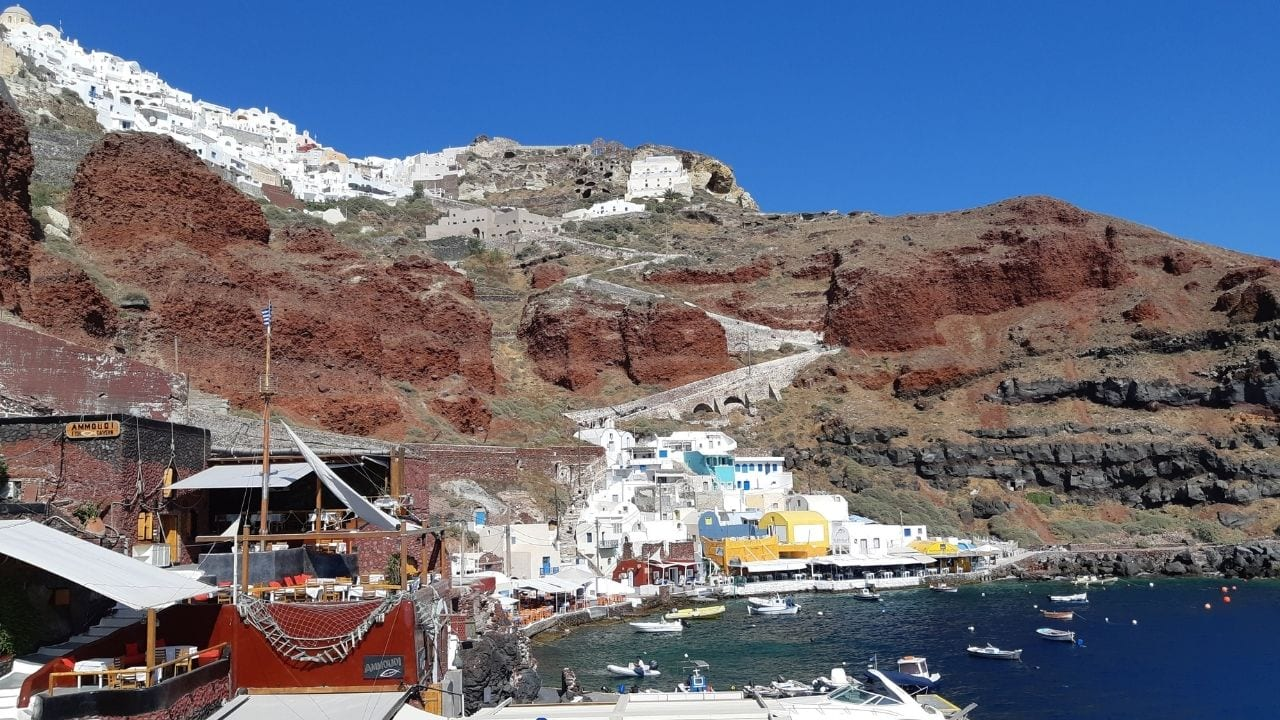 Leaving the port of Amoudi on a Santorini to Thirasia ferry
