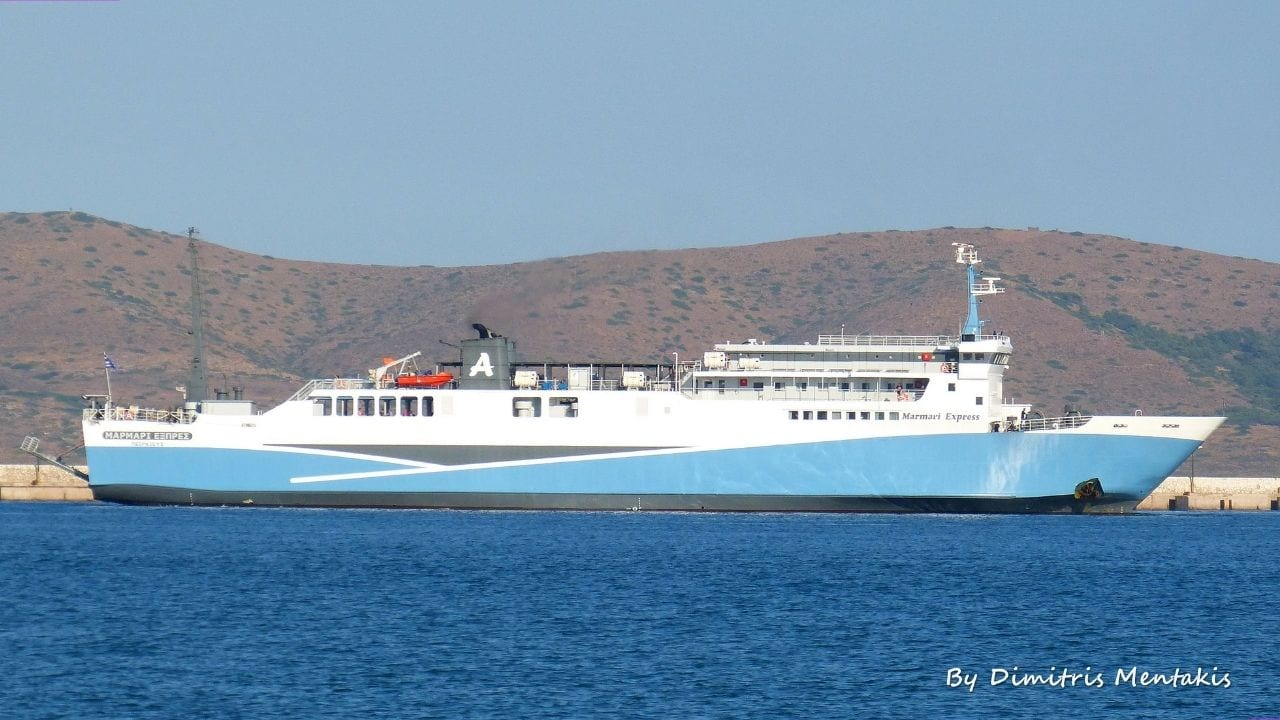 The Marmari Express ferry from Lavrio to Kea