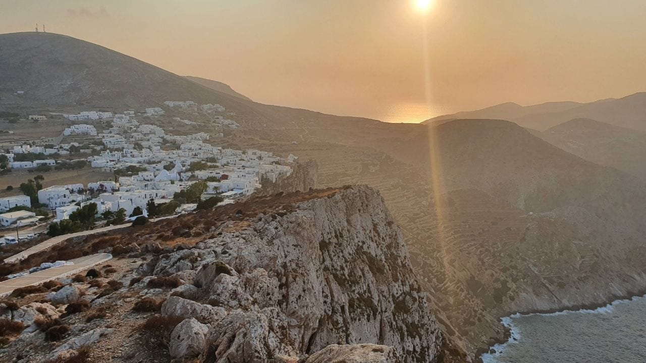 Traveling from Milos to Folegandros