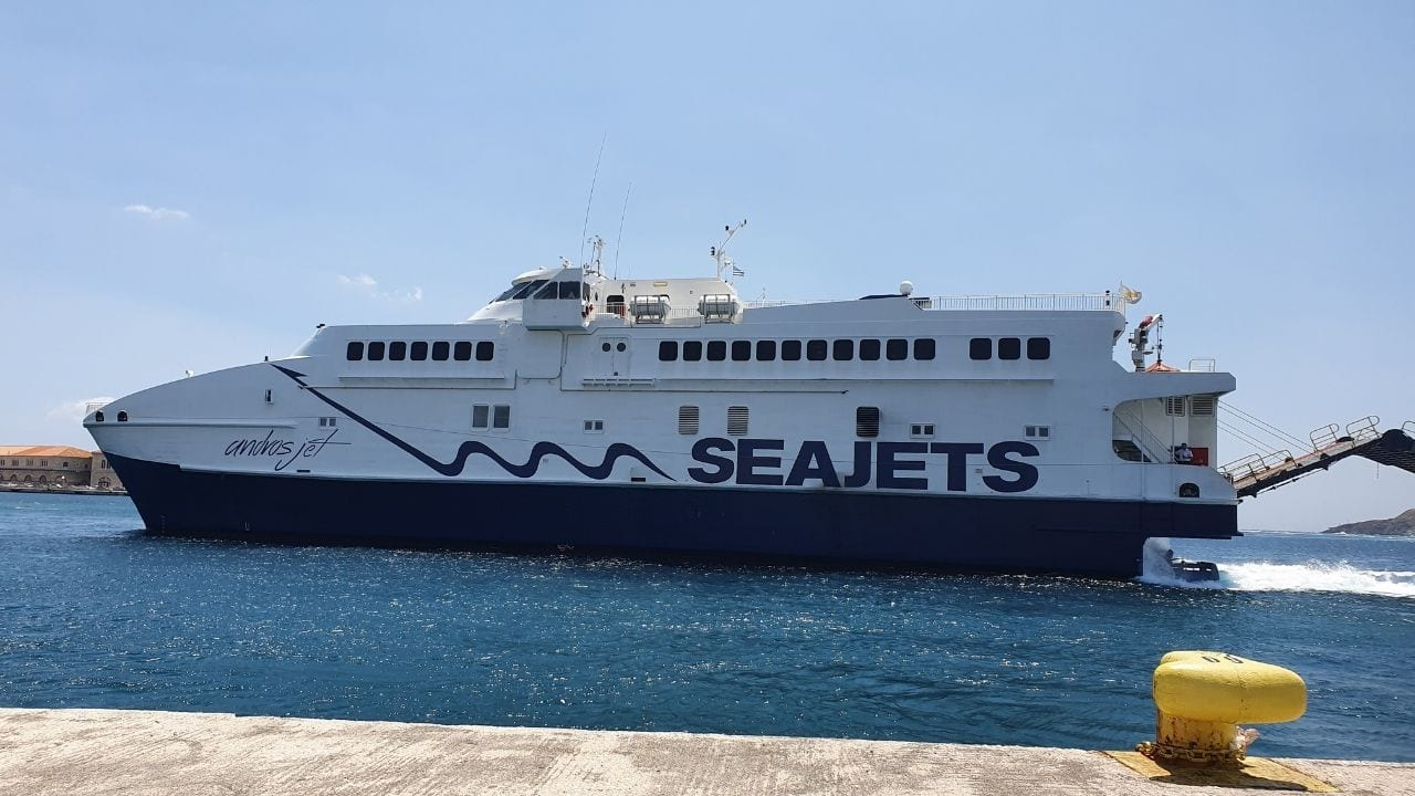 The SeaJets Andros Jet ferry arriving in Syros island, Greece