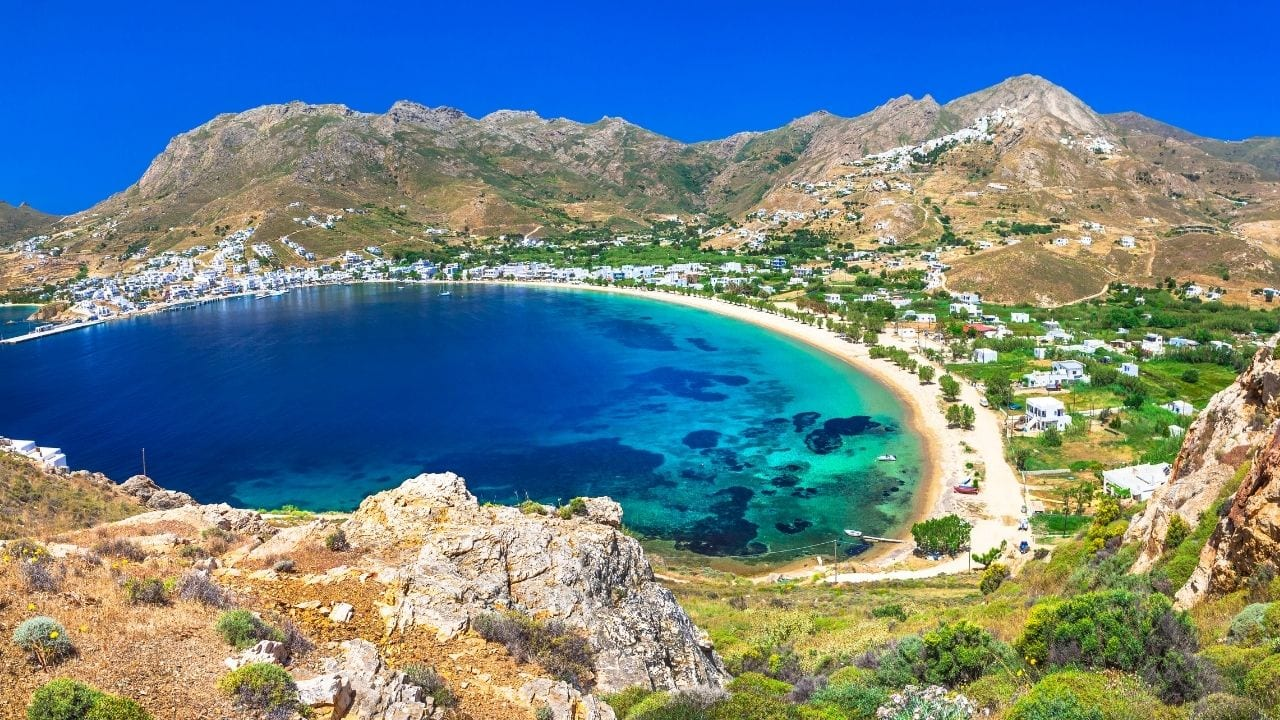 How to travel to Serifos island from Milos in Greece