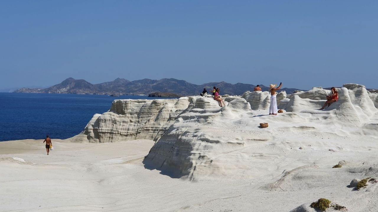 Traveling from Milos to other islands in Greece