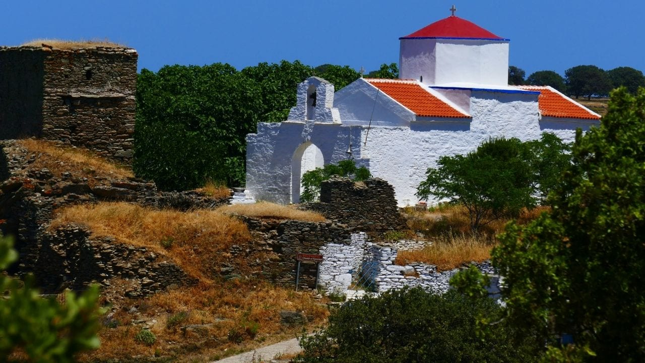 Traveling to Kea island from Syros in Greece