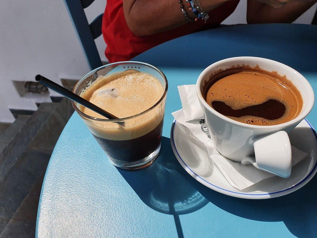 Sinantisi, Chorio coffee