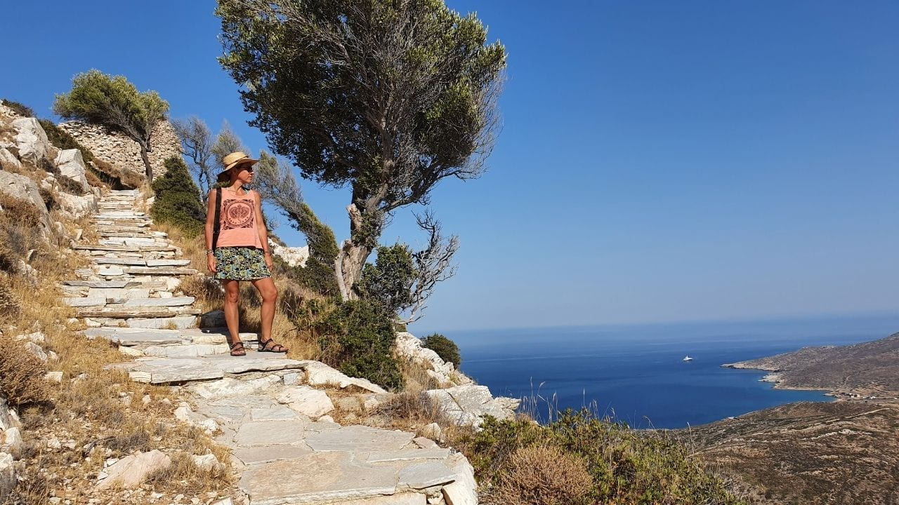The autumn season is a good time to go hiking in Greece