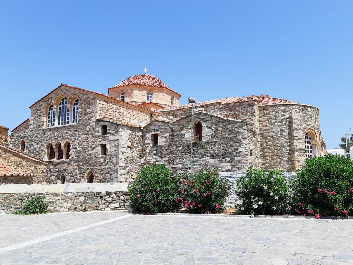 כנסיית Panagia Ekatontapiliani בפארוס