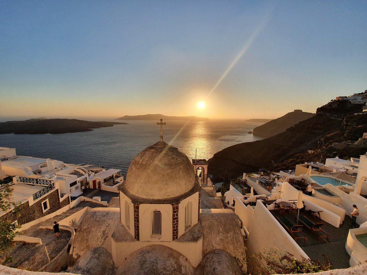 A hidden Santorini sunset spot