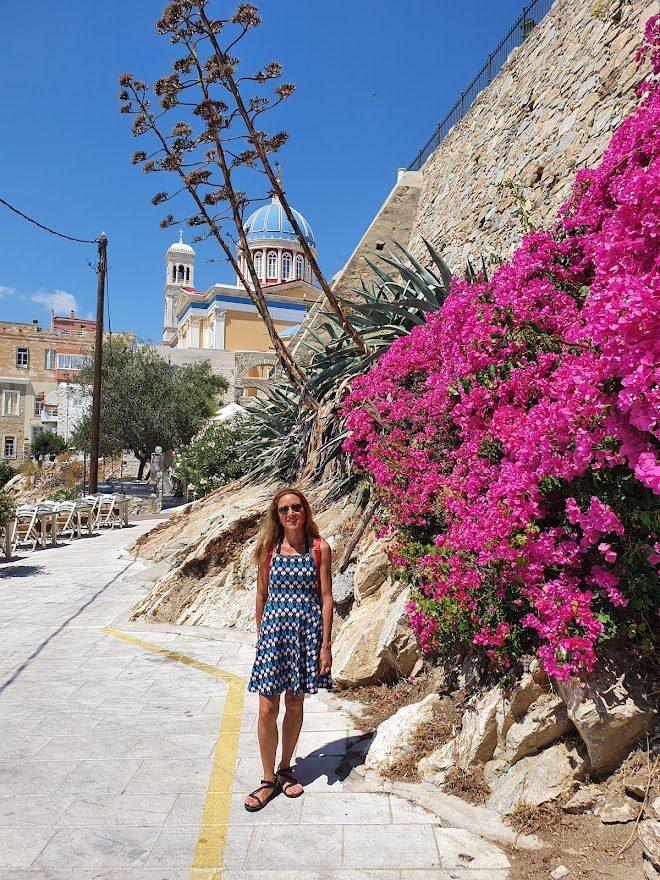 Walking through Vaporia in Ermoupoli